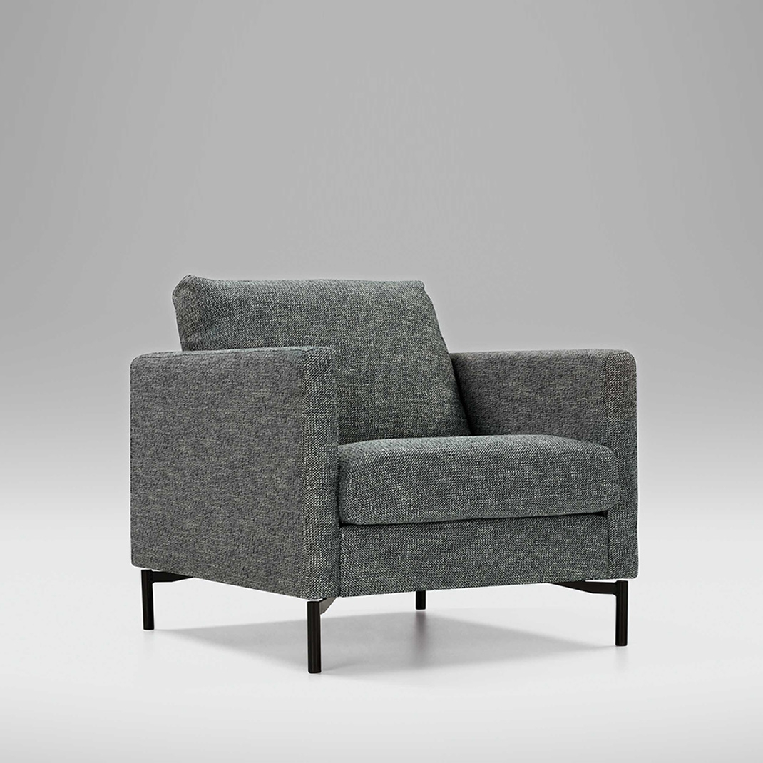 Blade armchair with loose cover