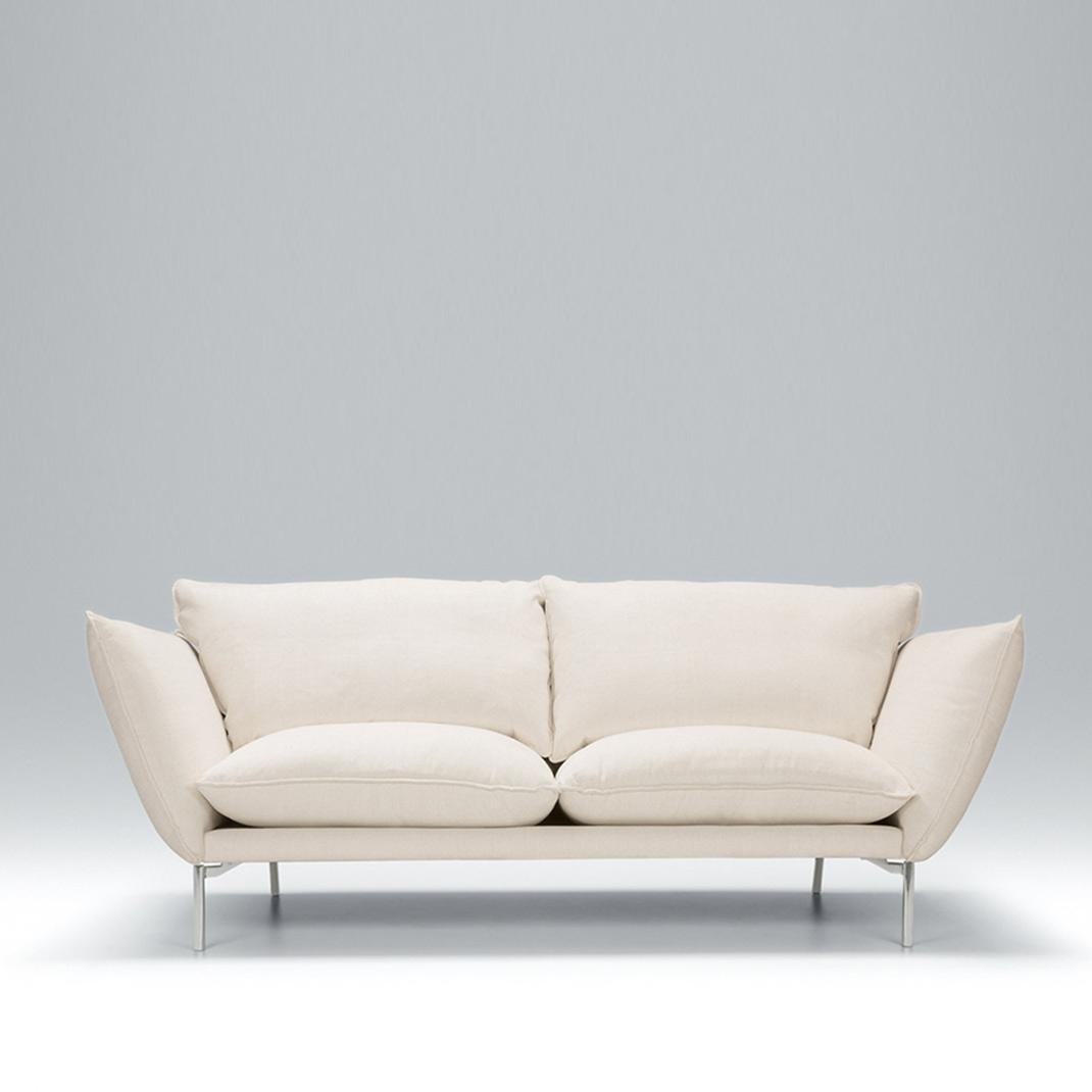 Hug 3 seater leather sofa