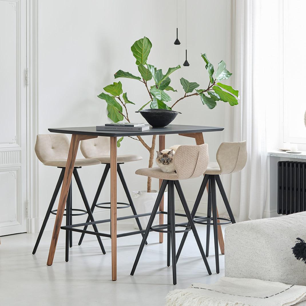 Jay 91 bar stool - 82cm