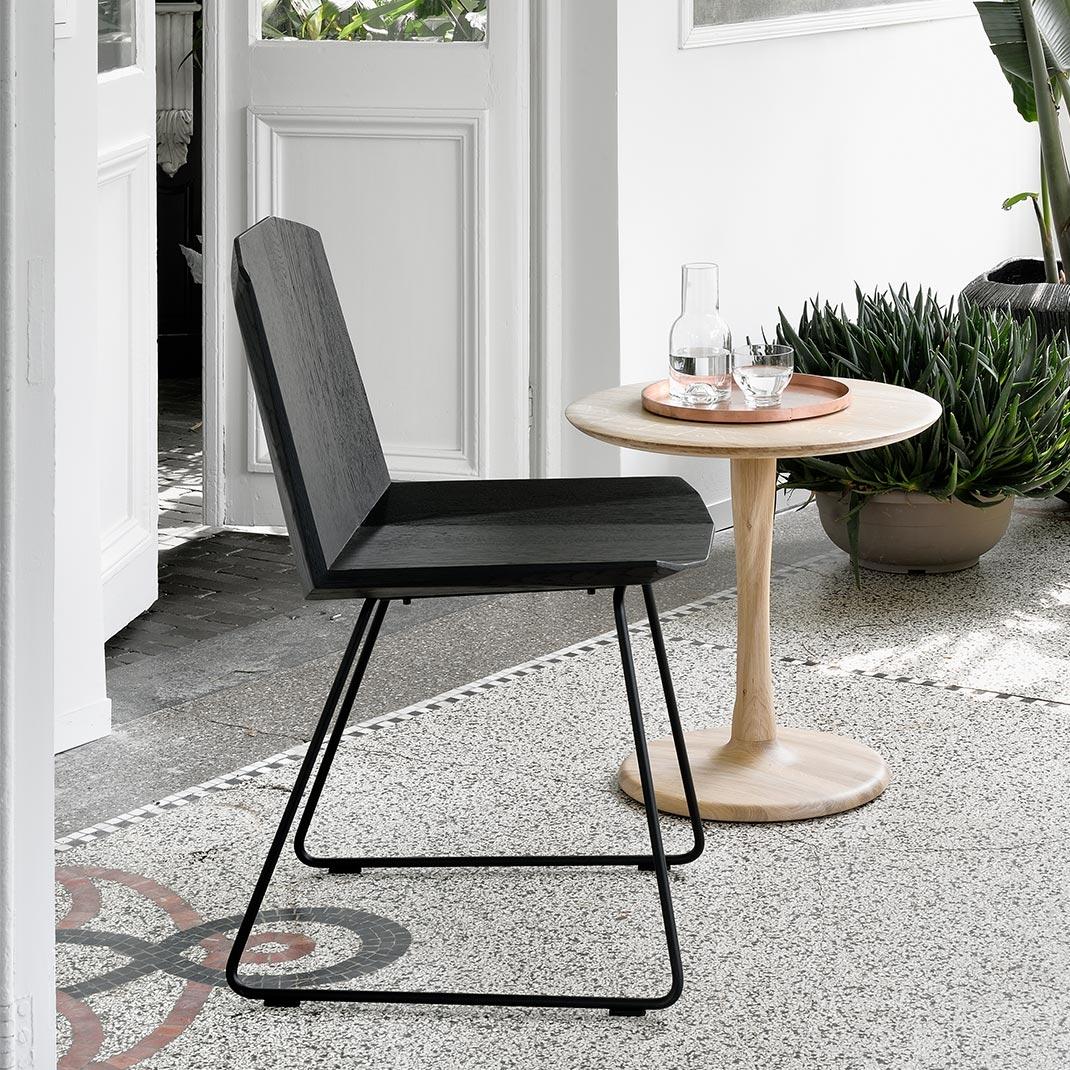 Ethnicraft Oak Facette chair black