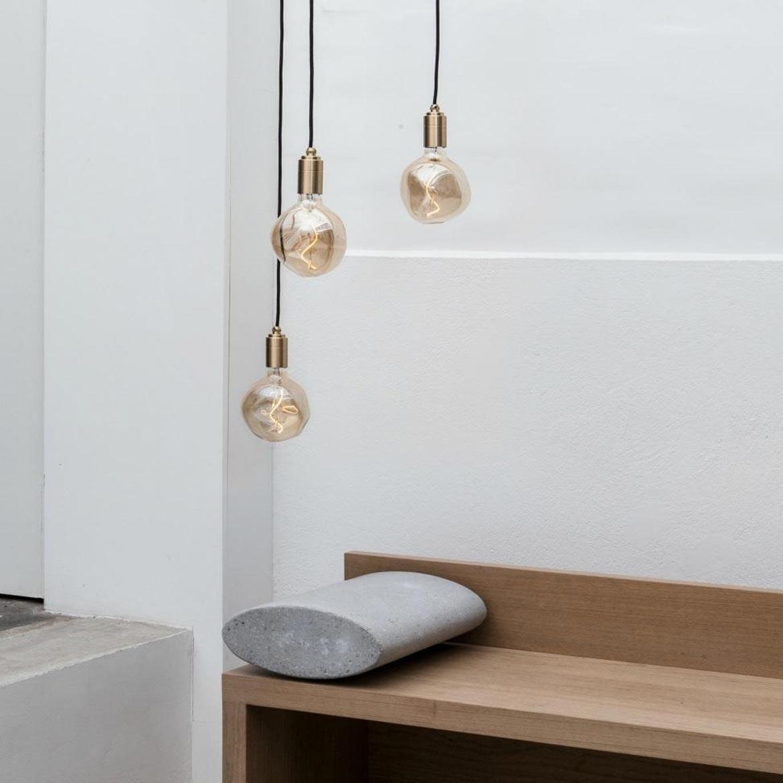 Voronoi I bulb by Tala