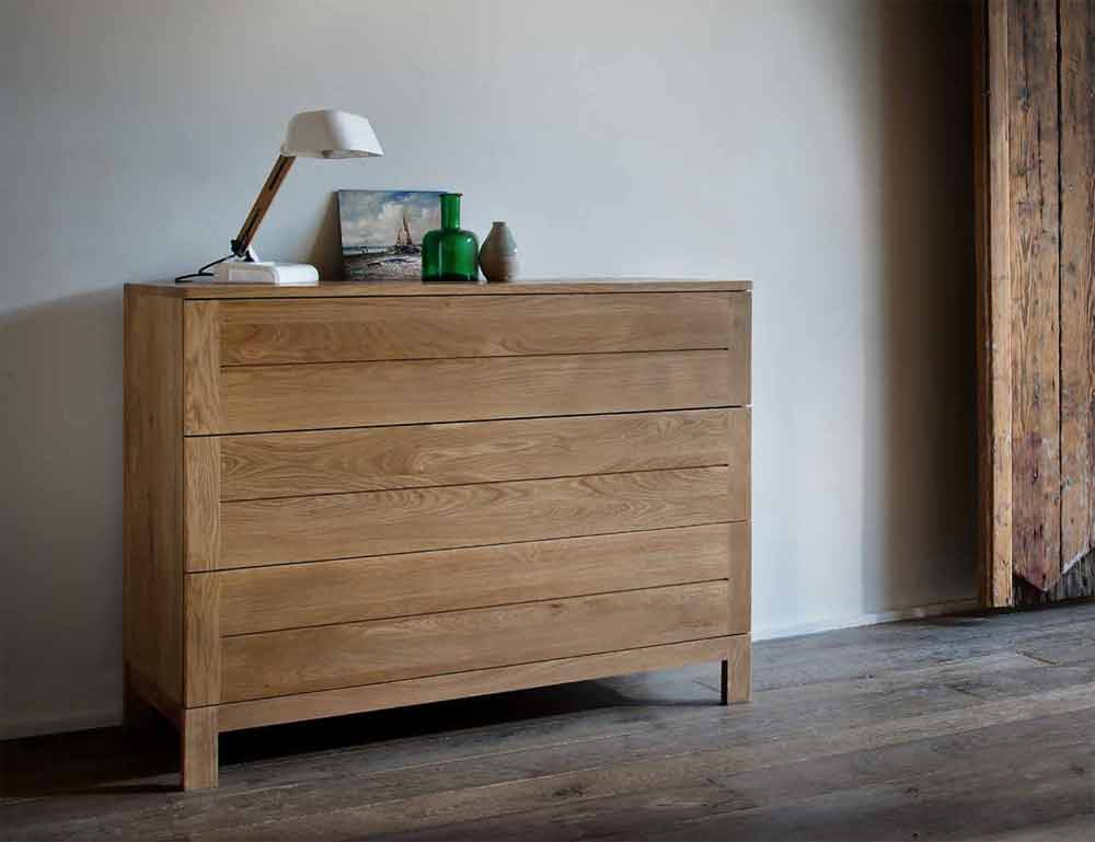 Flat solid oak 5 drawers chest