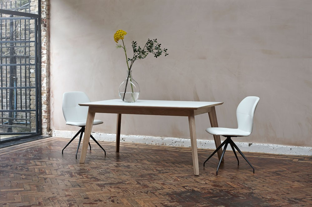Bianco Fenix + oak extending dining table