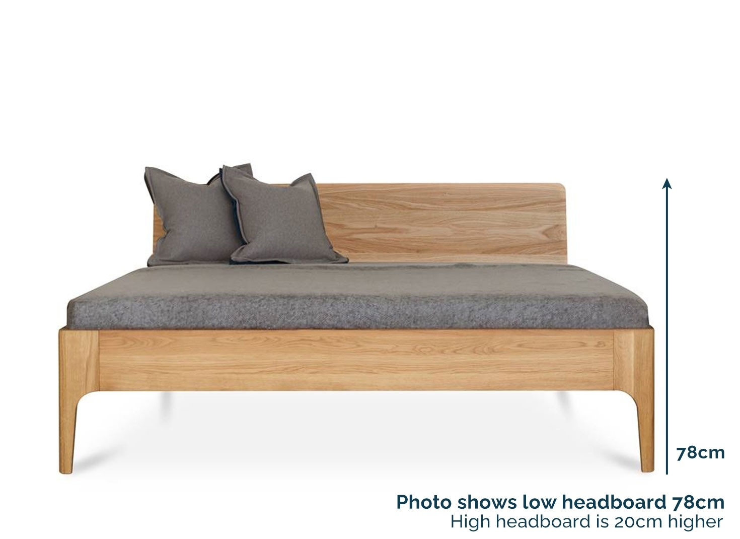 Como beds with wooden headboard