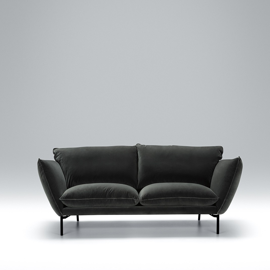 Hug 2 seater leather sofa