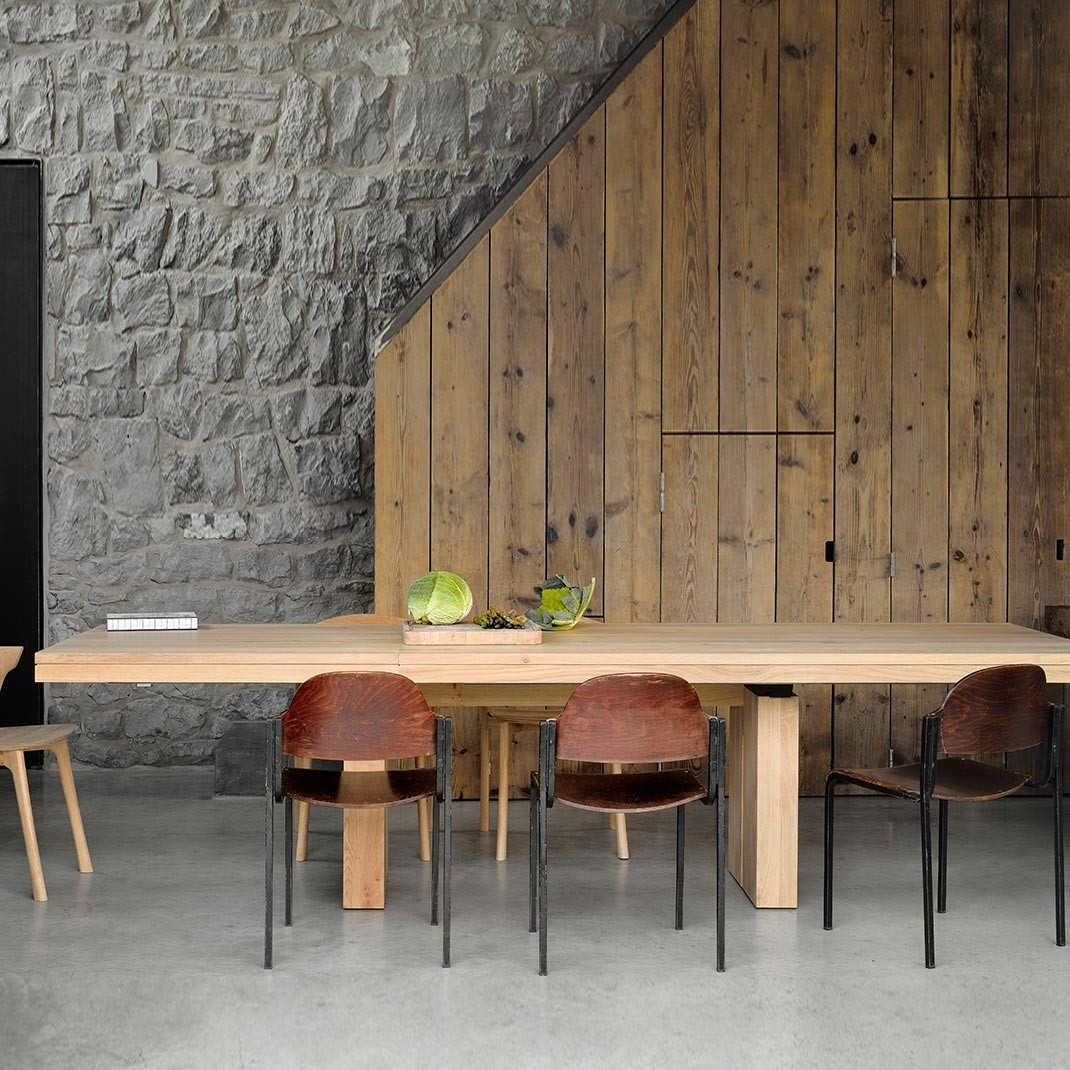Ethnicraft Double oak extendable dining table