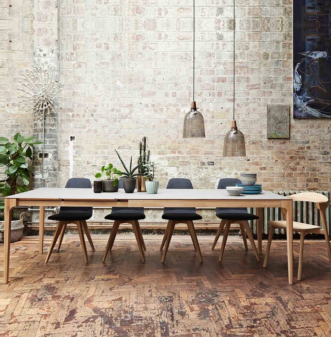 Zurich Fenix + oak extending dining table