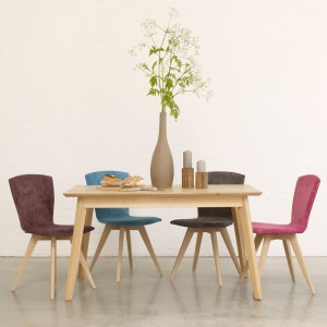 Bianco solid oak dining table