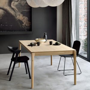 Ethnicraft Bok oak extendable dining table