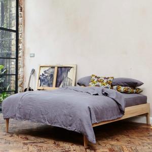 Como bed frames