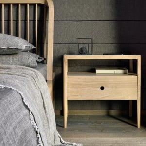 Ethnicraft Oak Spindle bedside table - 1 drawer