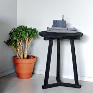 Ethnicraft Oak Tripod side tables - Blackstone