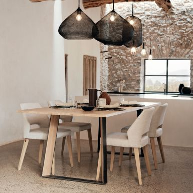 Flow extending dining table