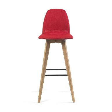 Jay 11 counter and bar stools