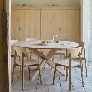 Ethnicraft Circle oak dining table - 136cm