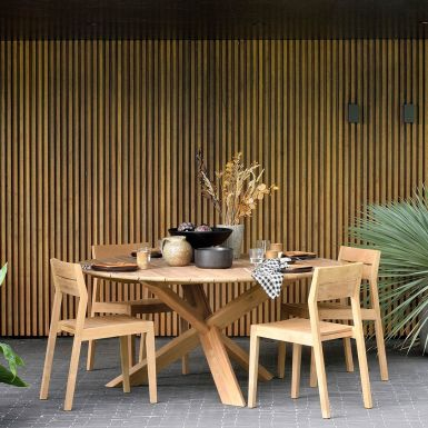 Teak Circle Outdoor dining tables