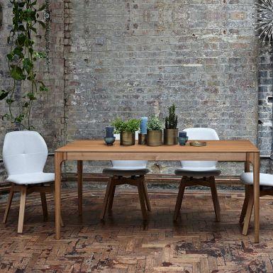 Zurich oak extending dining table