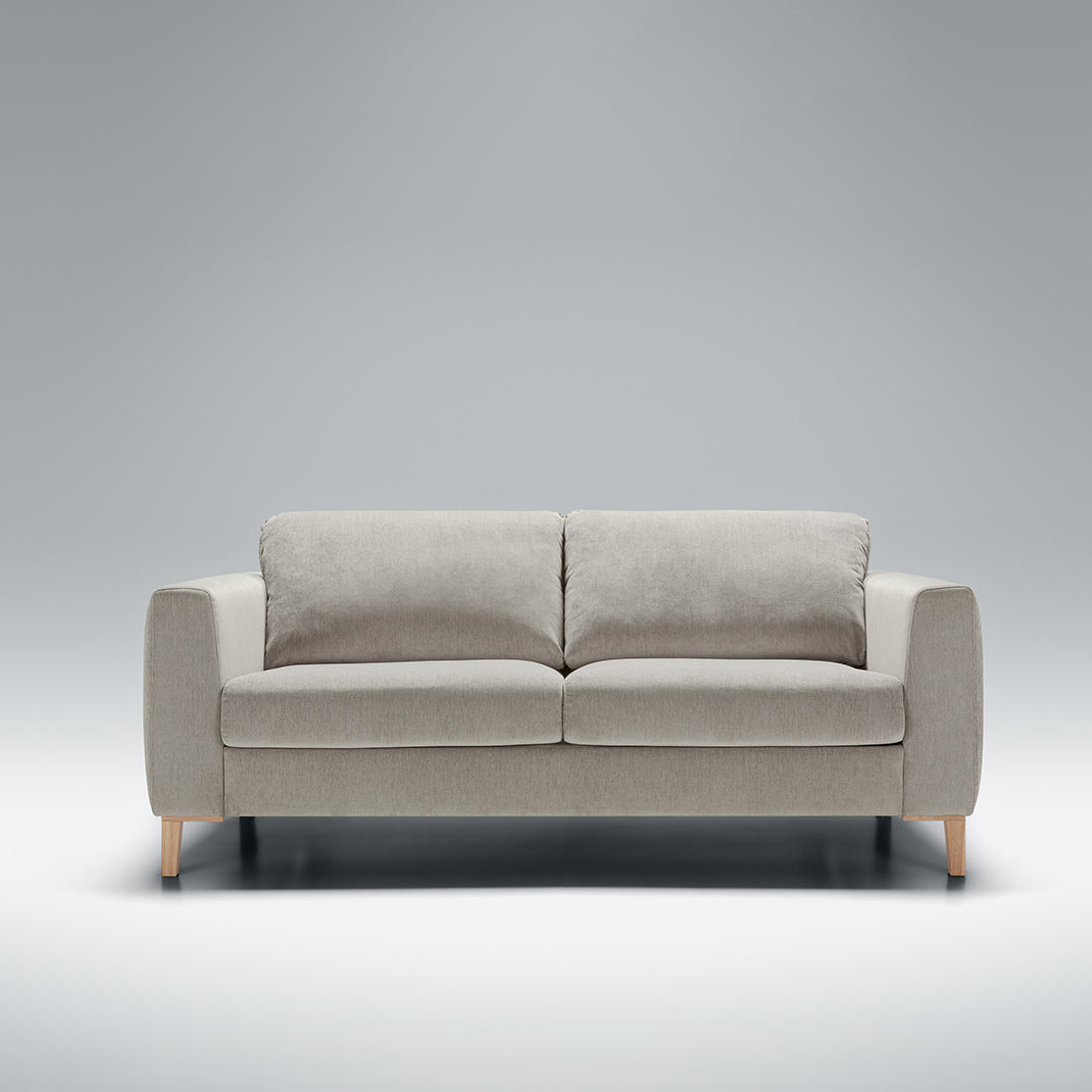 Here we have the gorgeous Harlem sofa velvet corner sofa. Available in a range of sizes and colours. Shop today!